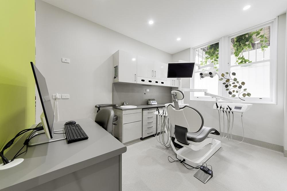 OPTI058 - Island Dental - 3