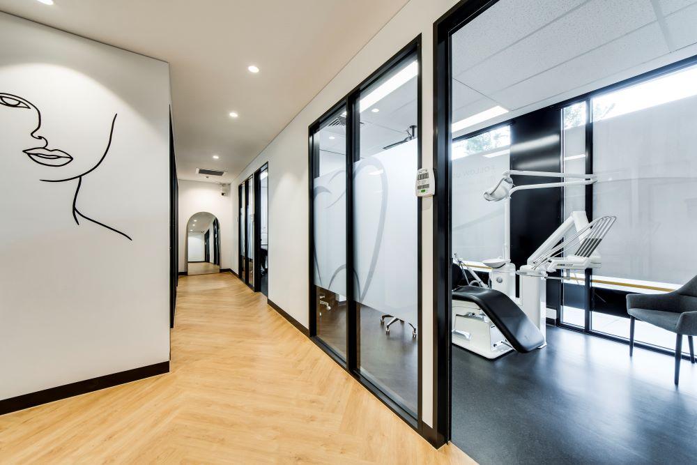 OPTI065 - Smile Designer Dental Studio - 17