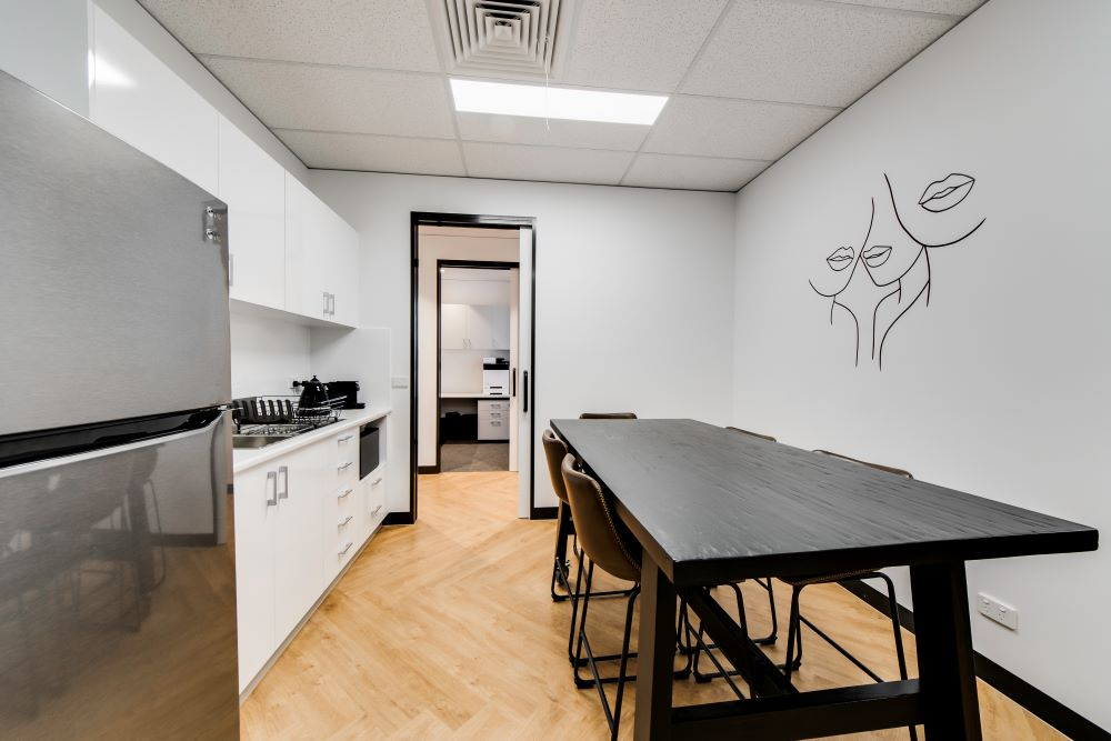 OPTI065 - Smile Designer Dental Studio - 21